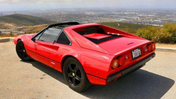 Первый в мире электрический спорткар Ferrari (13 фото)