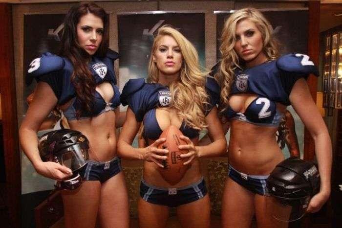 Футбольная лига нижнего белья - зрелищный женский американский футбол