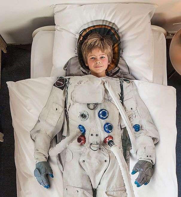 25 космических идей дизайна интерьера, которые позволят почувствовать себя космонавтом (26 фото)