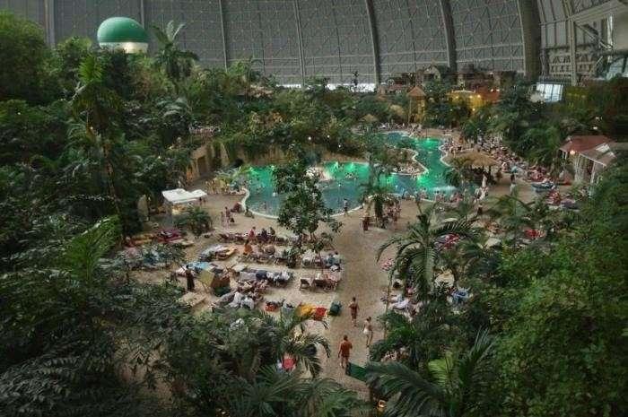 Необычный тропический остров (22 фото)