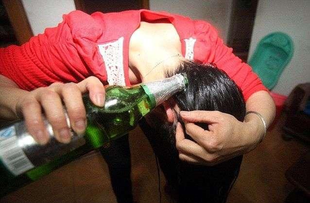 Рецепт крепких и здоровых волос - мыть голову пивом (8 фото)