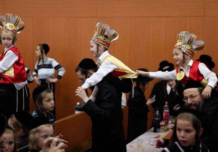 Жизнь ортодоксальных евреев на фото Якова Науми (20 фото)