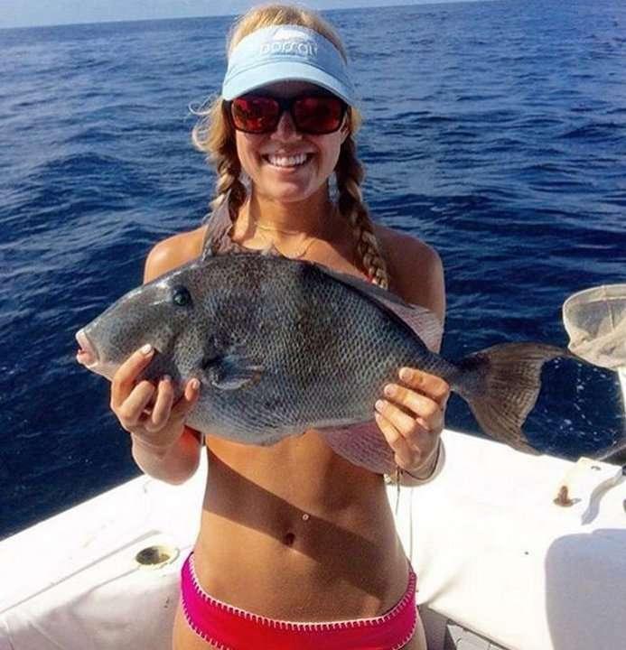 Новый тренд: купальник из рыбы
