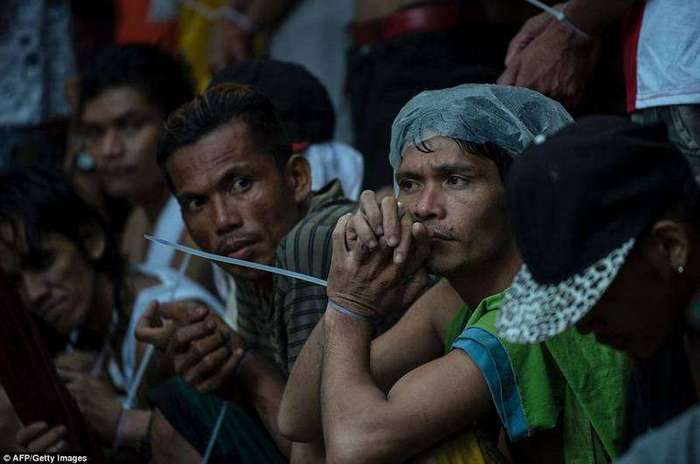Филиппины залиты кровью: по призыву нового президента массово убивают наркоманов и наркодилеров