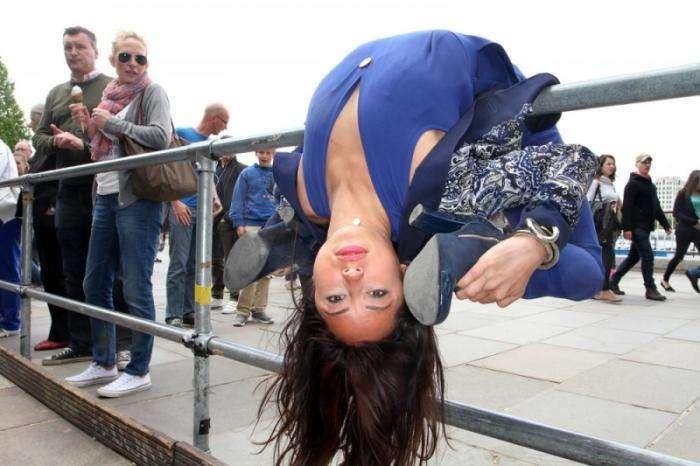 Невероятно гибкая девушка — Лейлани Франко (11 фото)