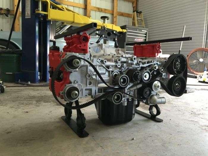 Журнальный столик из автомобильного двигателя (17 фото)