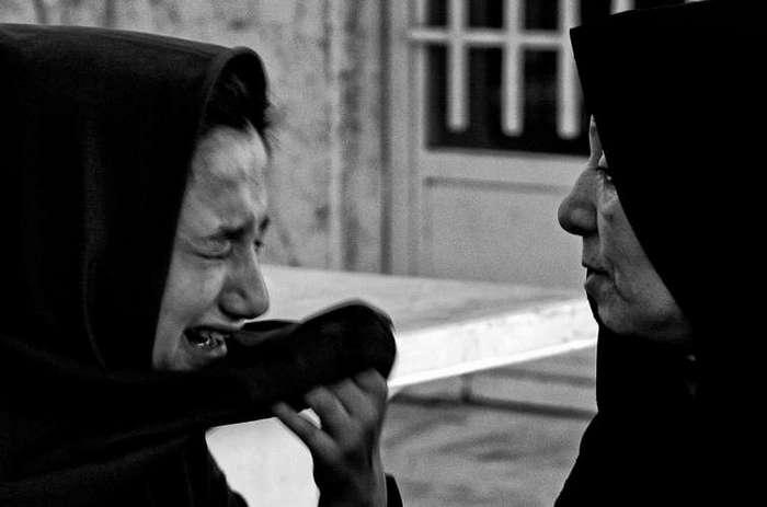 Фотограф снимает малолетних преступниц, ожидающих смертной казни в иранской тюрьме (10 фото)