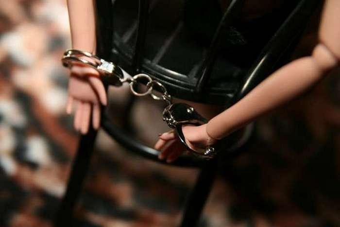 Плётка — насильнику и уголовный срок его жертве