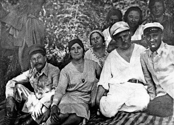 Маленькие тайны жён советских вождей