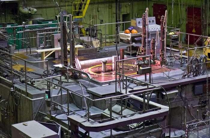 Как делают самый дорогой металл в мире