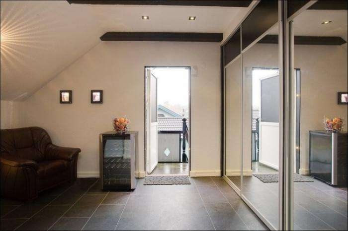 Чувак в Швеции выставил на продажу вот этот домик за 320 000 USD (21 фото)