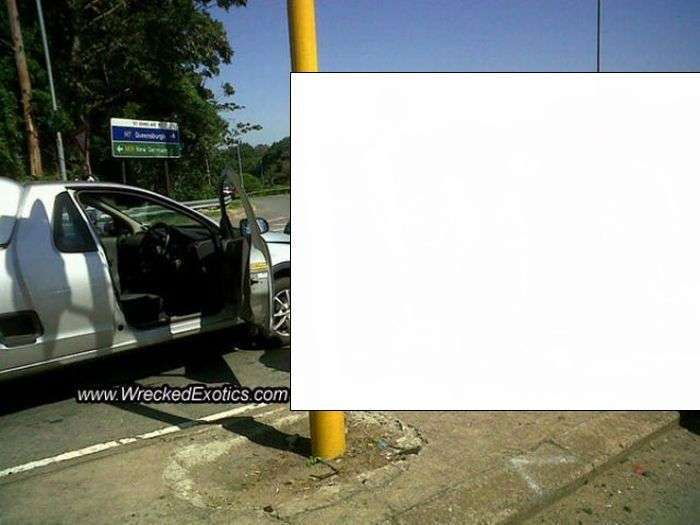 Вез мужик в машине краску (5 фото)