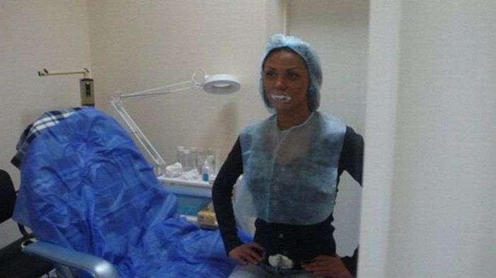 Любительница пластиковой хирургии (13 фото)