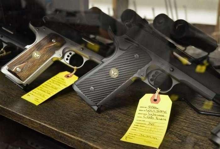 Эксперимент в оружейном магазине в Орландо