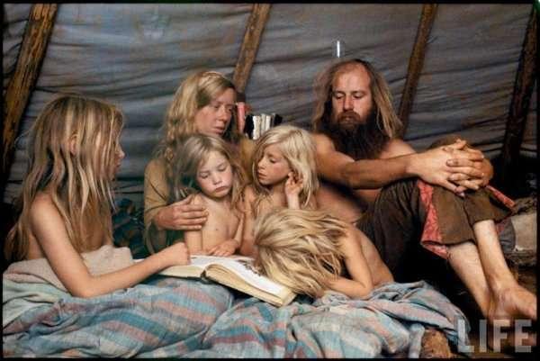 Редкие цветные фотографии общины американских хиппи 1970-х годов (13 фото)