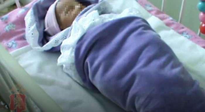 Мама подбросила новорожденную девочку и оставила душераздирающую записку