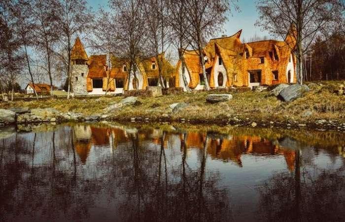 Домик смурфиков: симпатичный отель для нестандартного отдыха