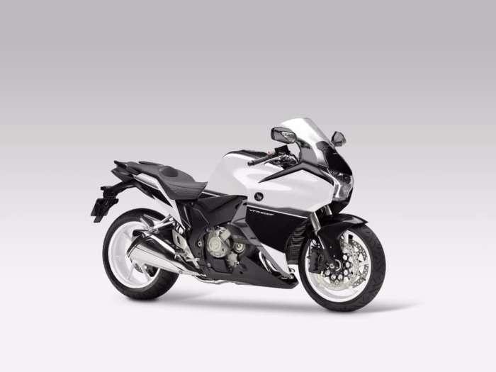 Burasca 1200 - тюнингованный мотоцикл Honda VFR1200F от Альдо Друди