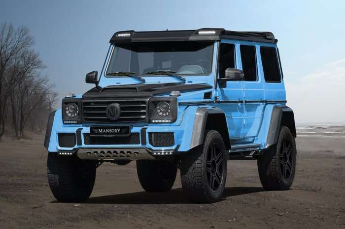 Mansory + Mercedes G500 4x4 Squared = больше мощности и карбона