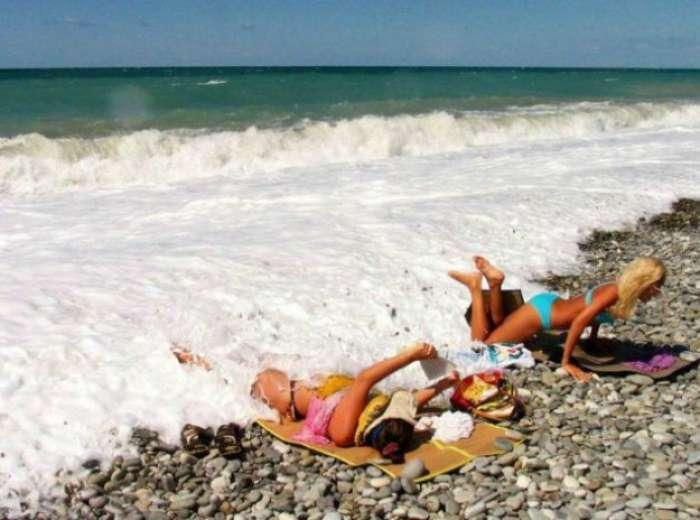 Летний позитив: 17 убойных кадров, сделанных на пляже