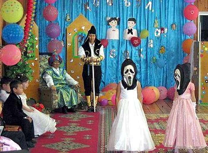 Светлые деньки: 17 смешных фотографий о праздниках и буднях воспитанников детских садов