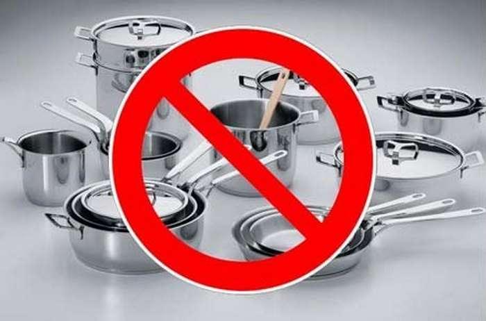 8 запретов для микроволновой печи, которые помогут сохранить здоровье и кухню