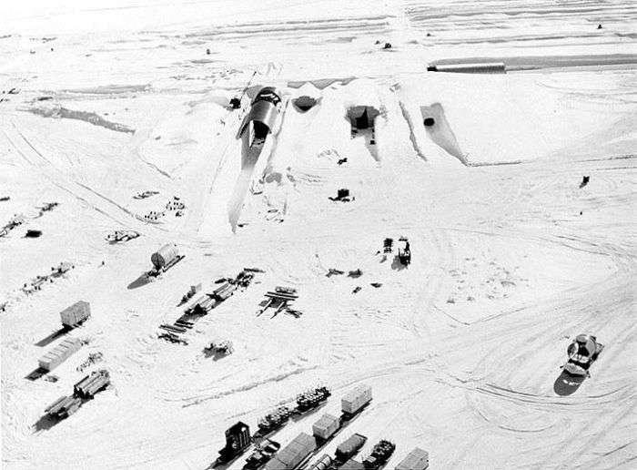 Секретный американский военный проект подо льдами Гренландии (17 фото)
