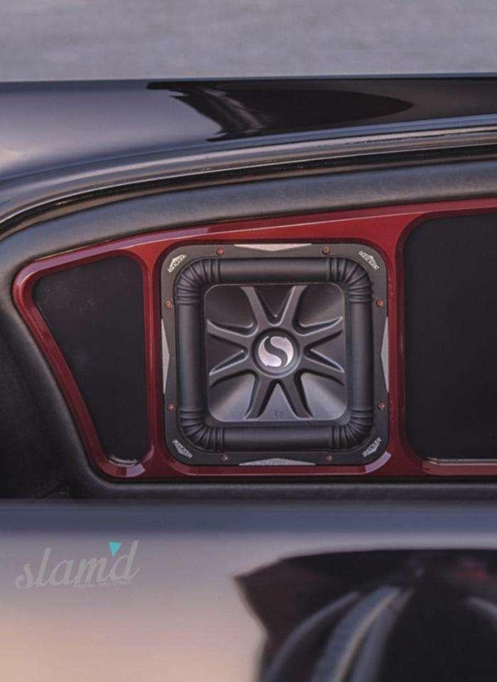 Необычный взгляд на семейный автомобиль (11 фото)