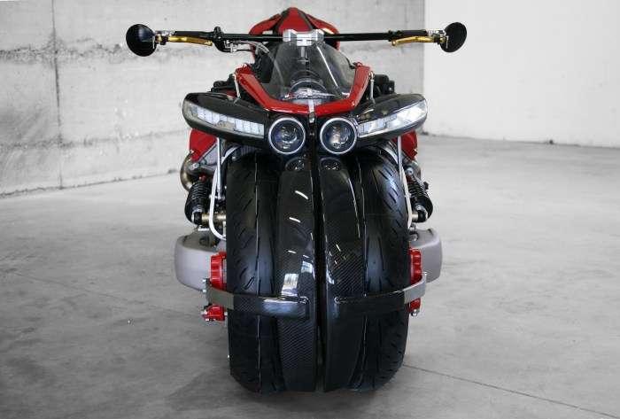 Lazareth LM 847: мотоцикл с двигателем V8