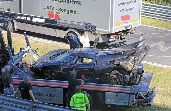 На трассе Нюрбургринг разбили гиперкар Koenigsegg One:1 (8 фото)