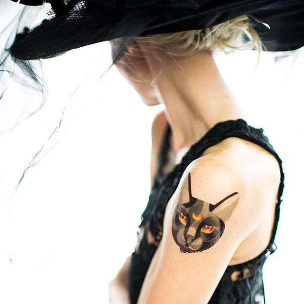 Татуировки с кошками (35 фото)