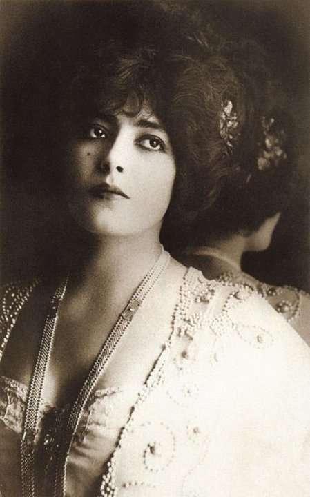 Красотки начала XX века, по которым сходили с ума миллионы мужчин