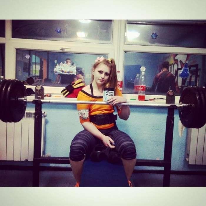 Свежие фото российской бодибилдерши Юлии Винс (26 фото)