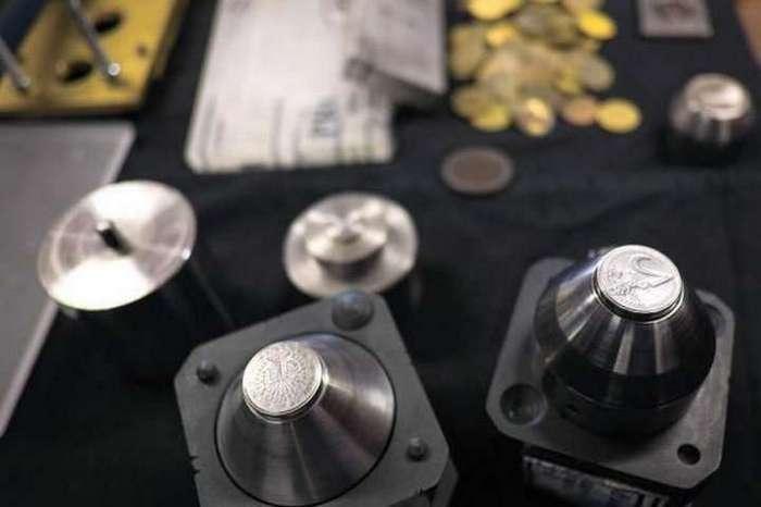 До чего дошёл прогресс: фальшивомонетчики печатают деньги на 3D-принтере