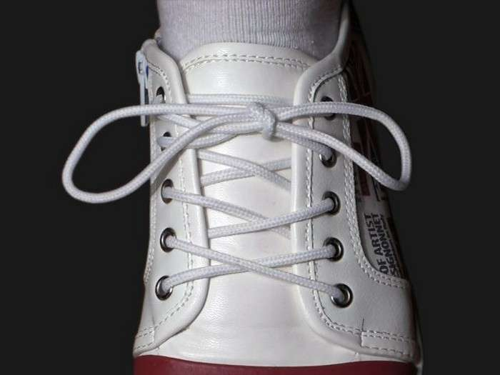 «Не развяжутся!»: завязываем шнурки профессионально