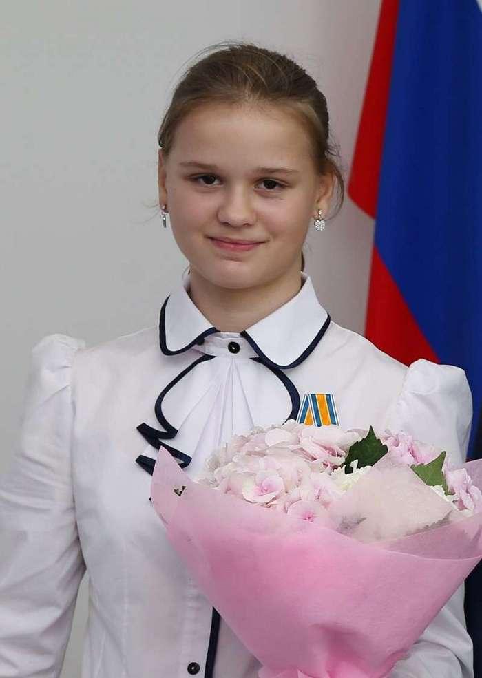 Юлия Король удостоена медали «За спасение погибавших» (2 фото)