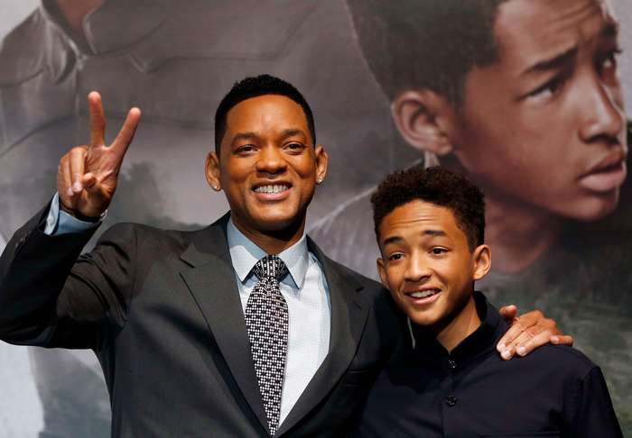 Папина копия. Звездные сыновья, страшно похожие на знаменитых отцов (19 фото)