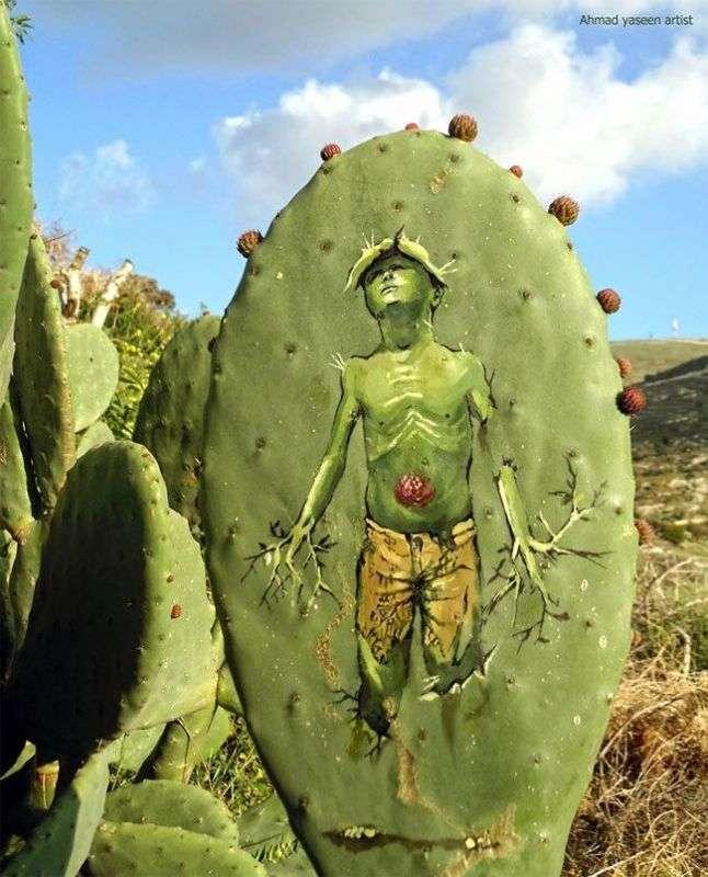 Картины на кактусах (8 фото)