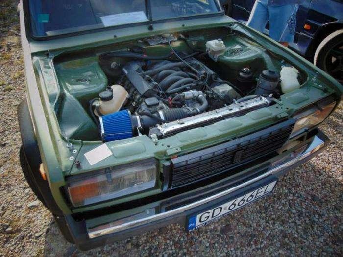 Польский ВАЗ-2107 с двигателем V8 от BMW (8 фото + 2 видео)