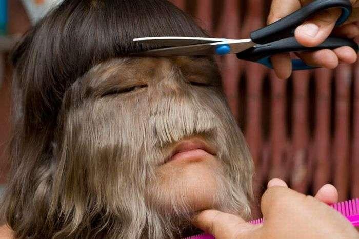 Очень волосатая девочка (13 фото)