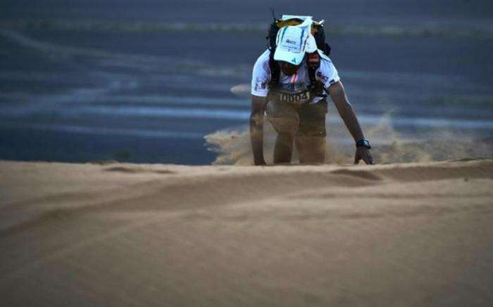 Марафон Marathon des Sables в пустыне Сахара: гонка на выносливость (18 фото)