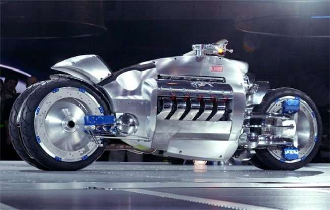 Самые уникальные мотоциклы в мире (19 фото)