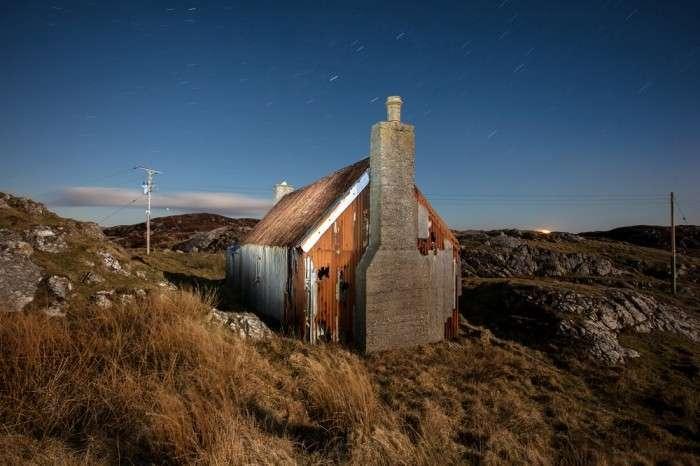 Заброшенные дома на Гебридских островах (9 фото)