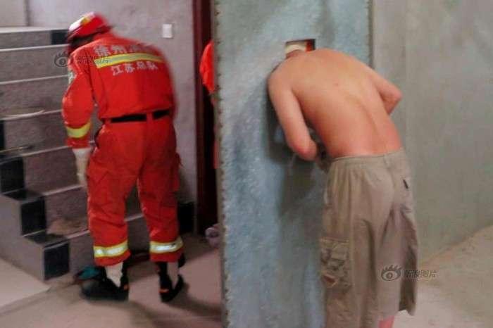 Китайский алкоголик нашел приключение на свою голову (6 фото)