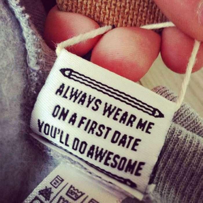 Забавное чтиво: 17 странных и неожиданных надписей на ярлыках одежды, которые заставят пересмотреть свой гардероб