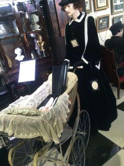 Музей мировой погребальной культуры в Новосибирске (21 фото)