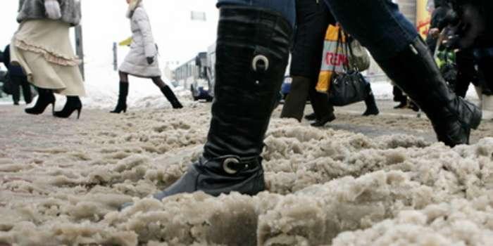 Как уберечь обувь от соли: простые рецепты для замши, кожи и нубука
