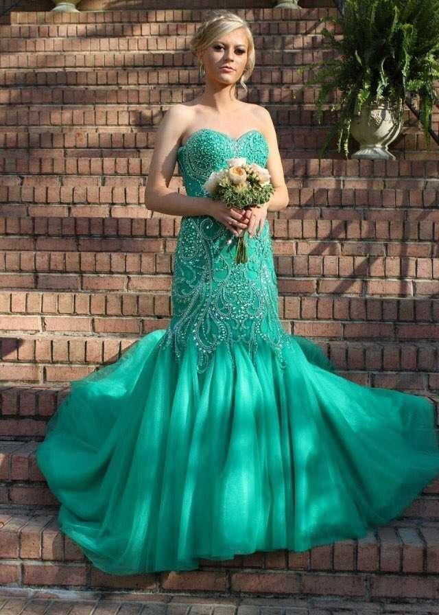 Ожидание против реальности: девушка заказала платье для выпускного из Китая, и вот что она получила (5 фото)