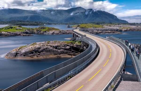 Самая красивая автодорога в мире (7 фото)