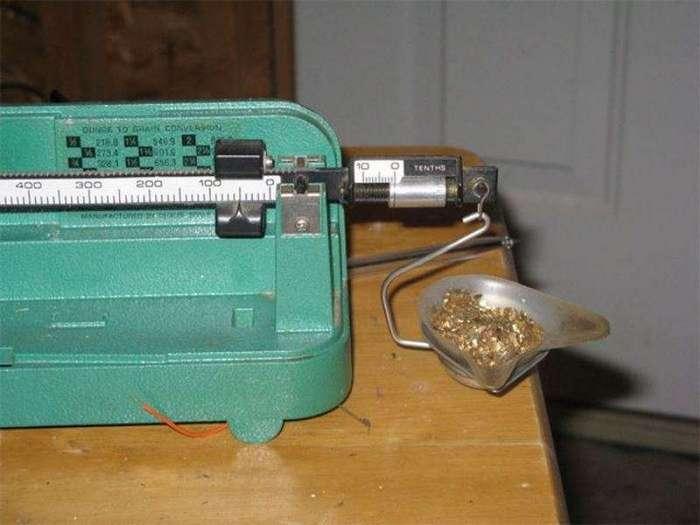 Добываем золото из старых и ненужных электронных приборов (12 фото)